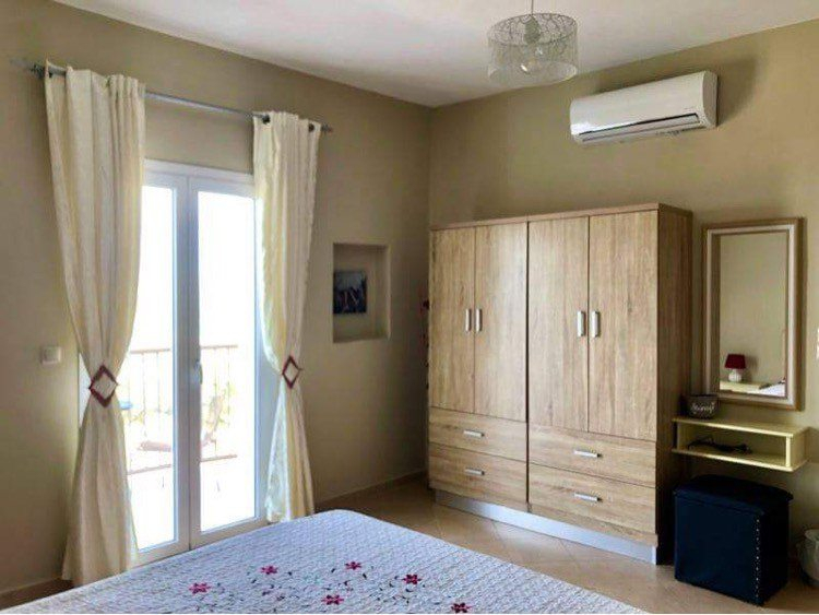 Large Double Bedroom with Sea view